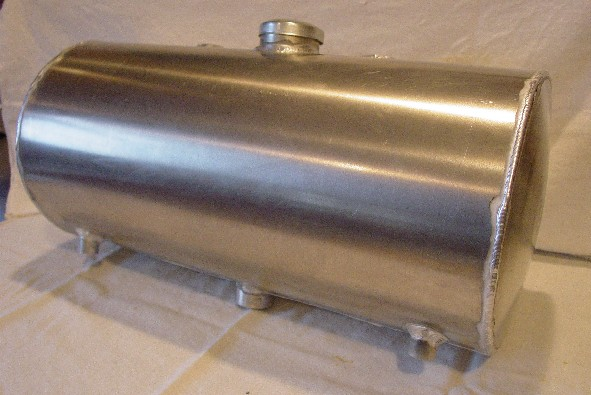 Fuel Tanks For Tractors : Welding kobush and machining